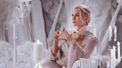 elizabeth mitchell once upon a time