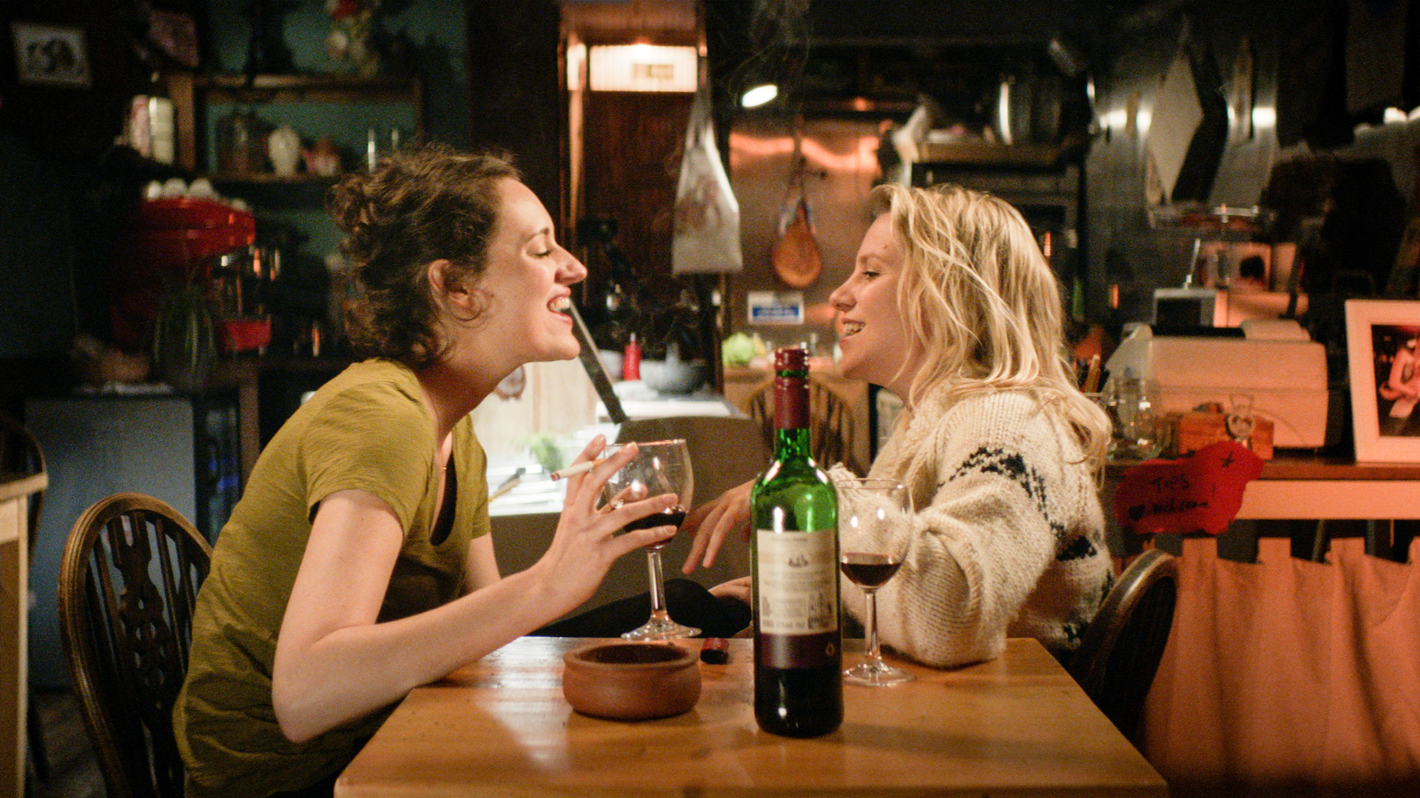 Programme Name: Fleabag - TX: n/a - Episode: n/a (No. 1) - Picture Shows:  Fleabag (PHOEBE WALLER-BRIDGE), Boo (JENNY RAINSFORD) - (C) Two Brothers Pictures Ltd. - Photographer: screengrab