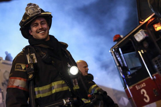taylor-kinney-chicago-fire